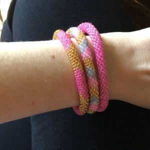 Sashka Co pink bracelet set